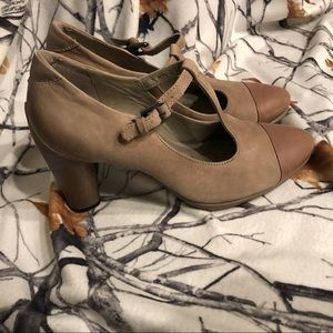 NWT Ecco anti-fatigue high heel shoes